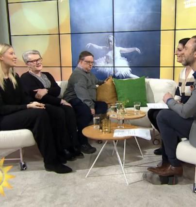 Emma Svensson gästar Nyhetsmorgon och berättar om utställningen Ikoner som uppmärksammar Down Syndrom