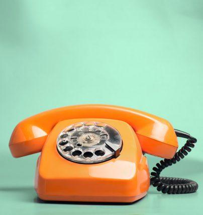 Talare Angela Ahola tipsar: konsten att göra intryck över telefon!