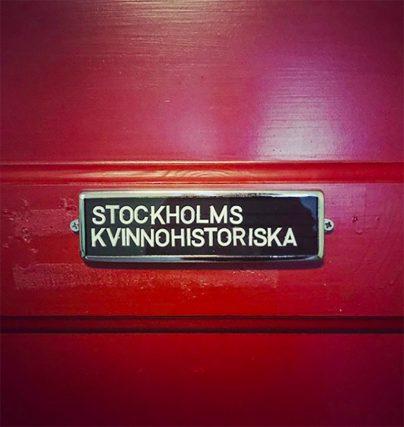 Boka en föreläsning med Lina Thomsgård grundare av Stockholms Kvinnohistoriska museum.